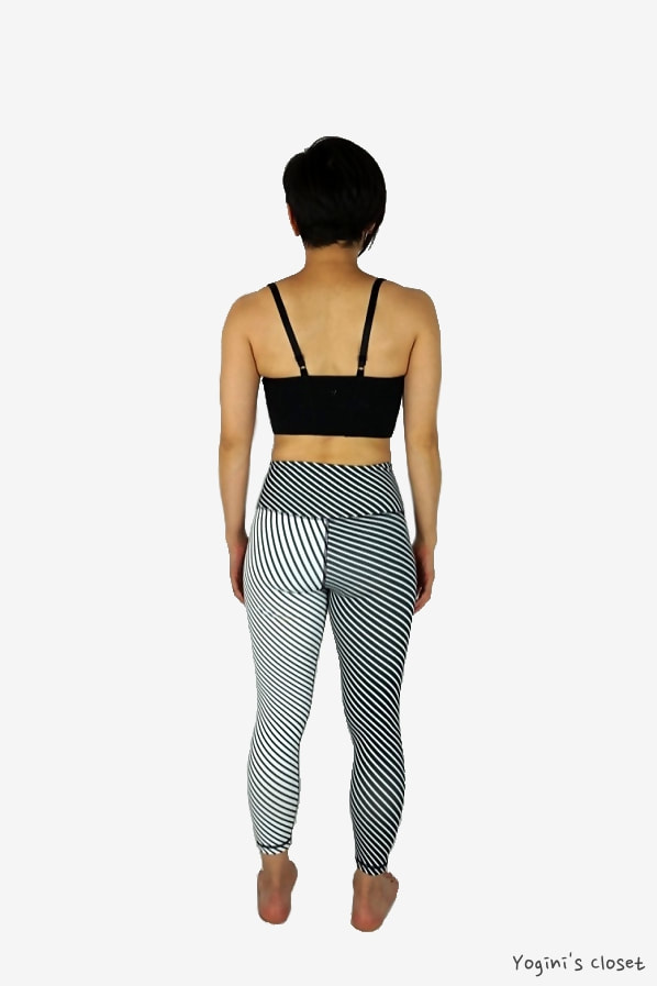 Yoginis Closet DYI Define Your Inspiration Printed 7/8 Crop BW Stripe Mix Review