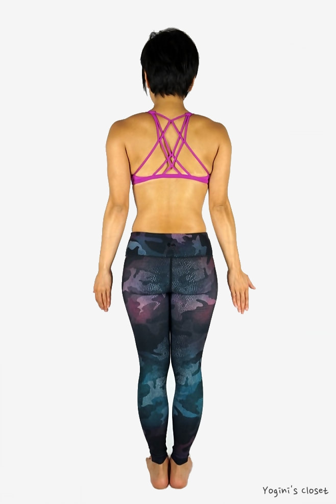 Yoginis Closet Wear It To Heart WITH Camo Chameleon Yoga Leggings Review