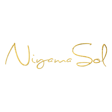 Yogini's Closet Niyama Sol Yoga pants and Yoga leggings size guide